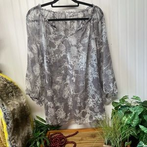 Sonoma v-neck sheer top size 1X